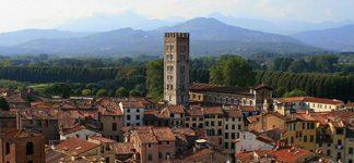 Lucca, la città dalle 100 chiese