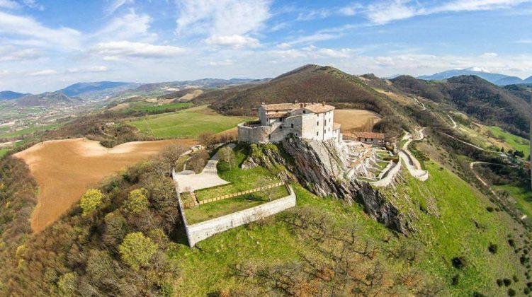Cagli, Castello di Naro